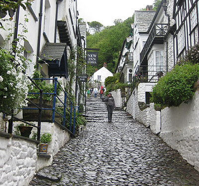 "Cobbled street in Clovelly"" hspace="