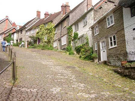 "Gold Hill Shaftesbury"" hspace="