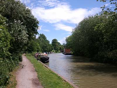 "Kennet and Avon Canal, Devizes"" hspace="