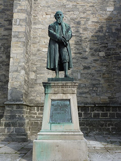 "Statue of William Barnes outside St Peter's Church"" hspace="