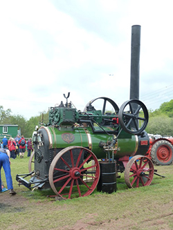 "Portable Steam Engine at Devon County Show"" hspace="