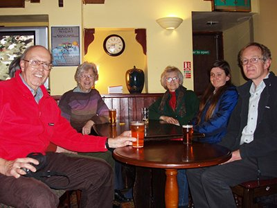 """Geograph Photographers having a drink at Babbacombe"""" hspace="""