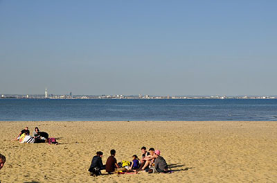 """The sandy beach at Ryde"""" hspace="""
