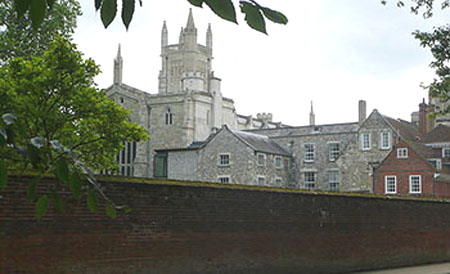 Winchester College showing the Chapel